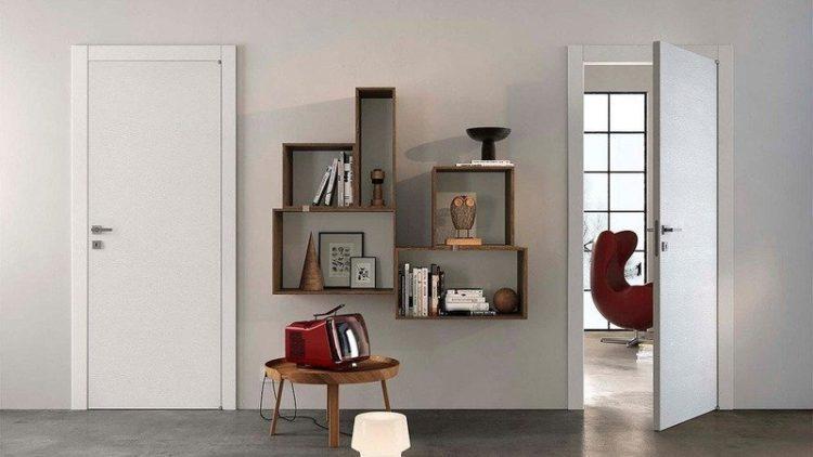 Белые двери в интерьере: советы дизайнеров 38 фото