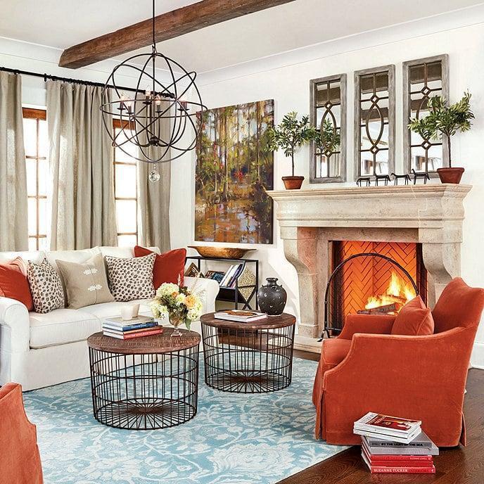 Оформление интерьера гостиной в дачном доме